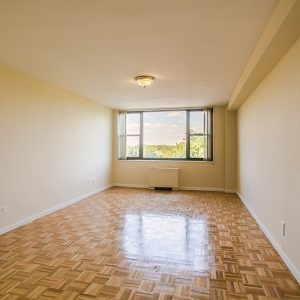 The Colony House Apartments For Rent in New Brunswick, NJ Livingroom